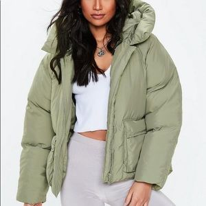 Missguided Green Oversize Hooded Puffer Jacket 2